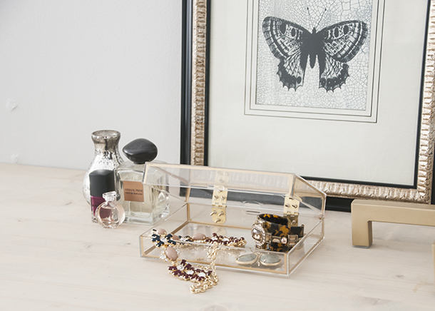 gold lined jewelry box