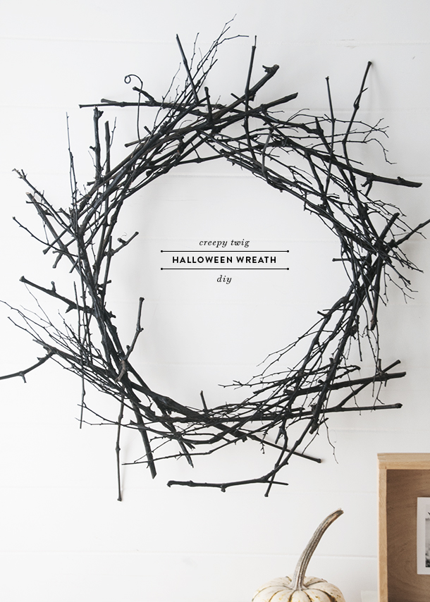 creepy twig halloween wreath diy