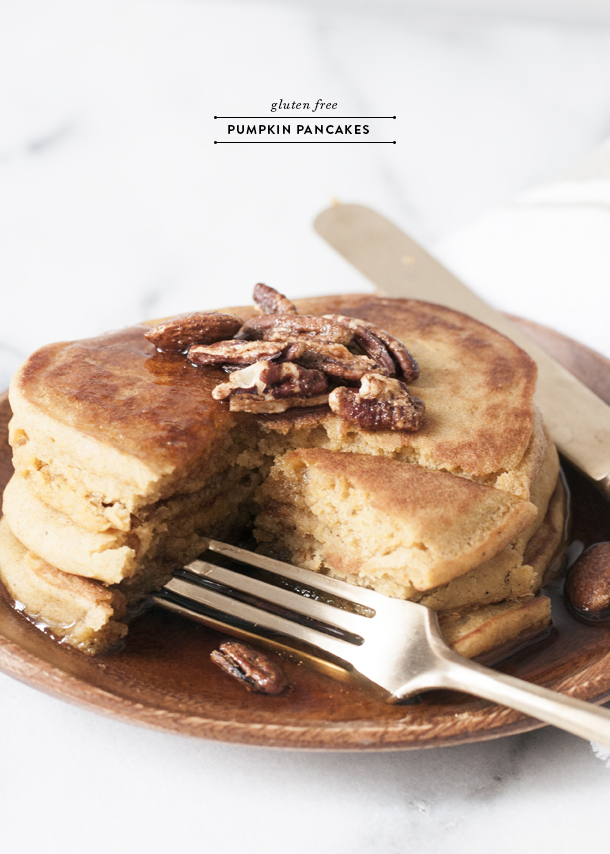 Gluten Free Pumpkin Pancakes with Candied Pecans - blogs de Decoration