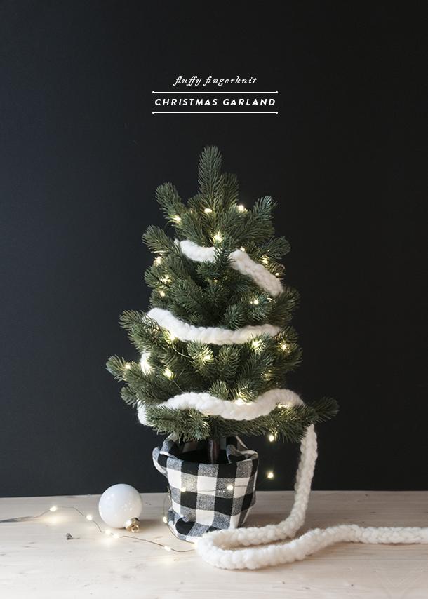 handknit christmas garland