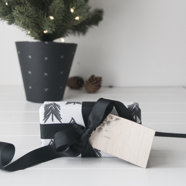printed balsa wood gift tagssq