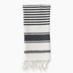 kira towel white square